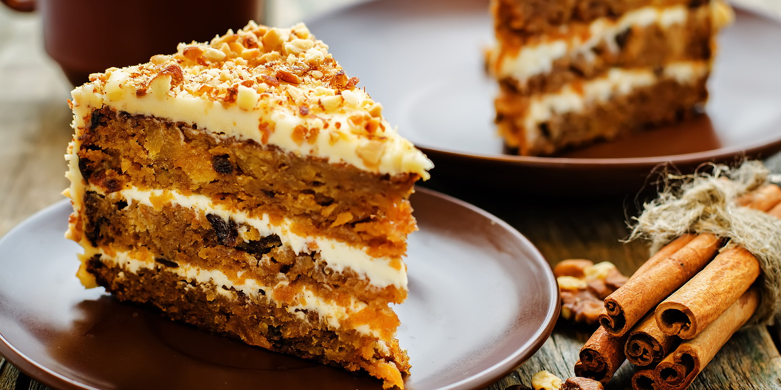 Cake with nuts and raisins recipe